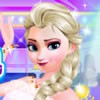 Dress up Frozen princess Elsa for her winter ho...