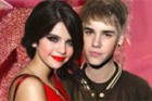 Justin Bieber and Selena Gomez on Valentine