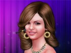 Selena Gomez inspires every one of us. Give her the look you want by playing with the hair cuts, make-up, accessories and many more ! If you are a big fan of Selena, this game is definitively for you.